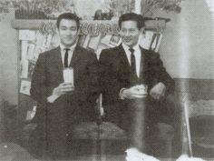 Bruce and James Lee Bruce Lee Facts, British Hong Kong, James Lee, Ip Man, Brandon Lee, Mix Photo, Little Dragon, A Good Man, Martial Arts