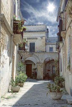 Corte del centro storico di Lecce