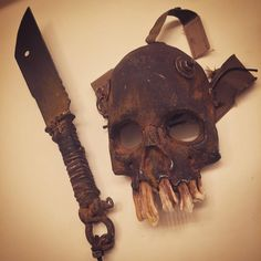 Wasteland mask and prop knife #wastelandweekend #knife #skull #mask #madmax #furyroad #postapocalyptic #rust #voloknife