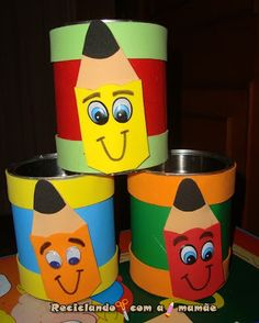 A nossa reciclagem de hoje é para guardar alguns objetos, mas ao mesmo tempo, deixando o ambiente bonito, colorido e organizado. Utiliz... Tin Can Crafts, Foam Crafts, Easy Crafts For Kids, Summer Crafts, Preschool Crafts, Diy For Kids, Diy And Crafts, Clown Crafts, School Murals