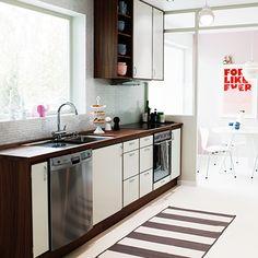 Jenny kökslucka målad – Nytt kök badrum och tvättstuga - Vedum kök och bad AB