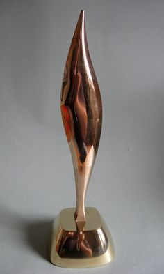 Bronze sculpture.Bud bronze. https://www.facebook.com/jichici.mircea https://www.facebook.com/pages/Mircea-Jichici-painting/284399895040599  http://www.youtube.com/user/MrJichici