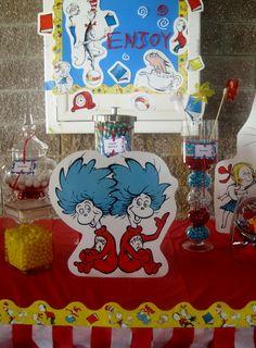 Cute Dr. Seuss decor! #drseuss
