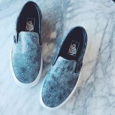 Vans Pebbled Snake Slip Ons •Vans The Pebble Snake Classic Slip-ons have a low profile, leather upper with all-over embossed snake print, elastic side accents, Vans flag label and Vans Original Waffle Outsole.   •Women's 7.5, runs a half size large and will fit an 8.  •New in box (no lid).  •NO TRADES/PAYPAL/MERC/VINTED/NONSENSE.  •PLEASE USE OFFER FEATURE IF YOU WANT TO NEGOTIATE PRICE. Vans Shoes Sneakers
