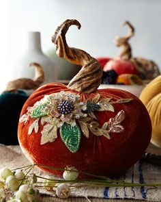 Best 12 Katherine's Collection Spice Trader Velvet Pumpkin Decor – Red-Orange Velvet Pumpkins, Fabric Pumpkins, Painted Pumpkins, Fall Pumpkins, Halloween Pumpkins, Fall Halloween, Autumn Crafts, Christmas Crafts, Christmas Bulbs