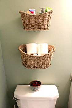 Basket Storage instead of shelves for a small  bathroom/toilet