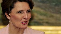 Liikenneministeri Anne Bernerin mukaan Finavian johdannaistappiot ovat olleet satojatuhansia euroja.