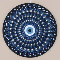 Dotart Dot Art Painting, Rock Painting Designs, Painting & Drawing, Mandala Painted Rocks, Mandala Rocks, Mandala Design, Mandala Lunar, Point Paint, Mandalas Painting