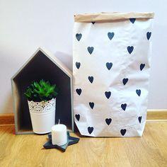 Scandi paper bag storage heart от volpeDeko на Etsy
