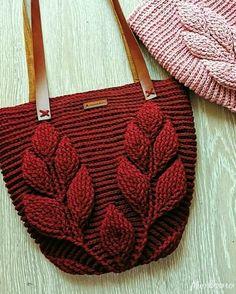 Crochet Knitting Handicraft: Two decorative collar Crochet Pillow, Crochet Motif, Crochet Shawl, Crochet Designs, Crochet Doilies, Crochet Flowers, Crochet Top Outfit, Crochet Clothes, Knitting Patterns