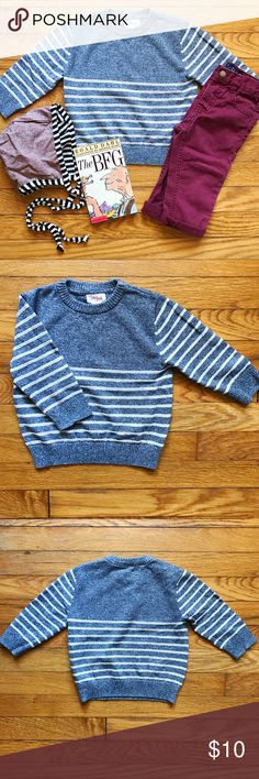 🐯 Sporty Striped Sweater Heathered blueish grey lightweight crewneck sweater with ribbed white stripes on sleeves and lower half of body.  • Excellent gently worn condition. • 100% cotton. • Bundle 3 or more items and receive 20% off! Cat & Jack Shirts & Tops Sweaters