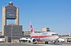 American Airlines TWA Special retro livery @ KBOS Logan ATC tower