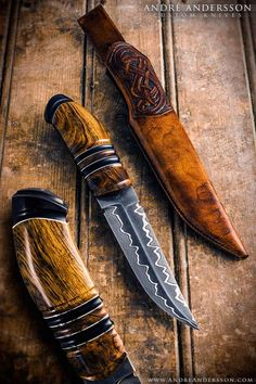 Gorgeous custom blade by Andre Andersson!! Total length: 26cm / 10.23 inch Blade length: 13,5cm / 5.31 inch Blade: Handforged San Mai blade. Carbon steel cutting core and mild steel / nickel sides. Handle: Desert ironwood and ebony.
