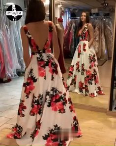 Sexy A-line V-neck Spring Floral Printed Long Prom Dress With PocketsFind Floral Prom Dresses For High School Prom, Graduation or Wedding Party? Come Here to Buy Sexy A-line V-neck Floral Printed Long Prom Dress With Pockets that speaks to you and yo Floral Prom Dresses, Elegant Dresses, Homecoming Dresses, Pretty Dresses, Beautiful Dresses, Grad Dresses Short, Havanna Party, Dress Outfits, Fashion Dresses