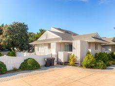 Hunt and Gather, 4 bedroom Sound Side home in Salvo, OBX, NC