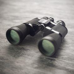 Beautiful binocular shot, rendered in KeyShot by Esben Oxholm.