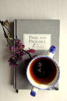 Pride and Prejudice, Jane Austen, Tea. Jane Austen, Little Bit, So Little Time, I Love Books, Books To Read, Ernst Hemingway, Coffee And Books, Old Books, Pride And Prejudice