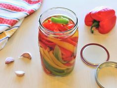Recipe for Pickled Peppers How To Pickle Peppers, Pickled Pepper Recipe, Sauces, Zucchini Pickles, Pepper Relish, Tomato Relish, How To Make Pickles, Bread & Butter Pickles, Pickled Beets