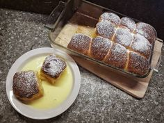 Sweet rolls, filled with jam and served with vanilla sauce Vanilla Sauce, How To Make Jam, Rolls, Ice Cream, Pudding, Homemade, Breakfast, Sweet, Desserts