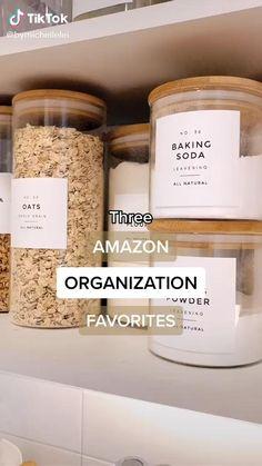 Kitchen Organization Pantry, Home Organization Hacks, Kitchen Pantry, Kitchen Storage Jars, Bathroom Closet Organization, Kitchen Ideas, Organisation Ideas, Kitchen Trends, Organizing Ideas