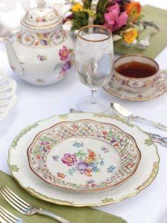 Celebrating Spring Tablescapes on Tea Time Magazine(source:http://www.teatimemagazine.com)