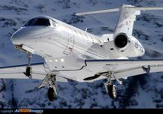 Embraer EMB-505 Phenom 300