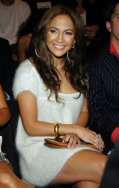 Pin for Later: 11 Celebrities Who Never Seem to Age Jennifer Lopez — 2004