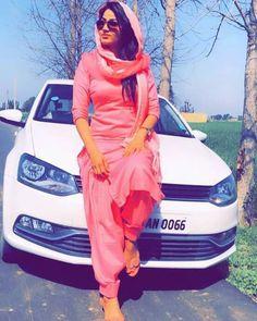 @AMAN❤ Stylish Girls Photos, Stylish Girl Pic, Girl Photos, Punjabi Girls, Punjabi Dress, Punjabi Couple, Dress Indian Style, Indian Dresses, Photography Poses Women