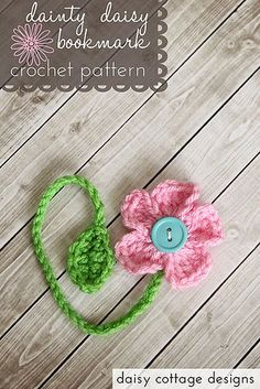 Dainty daisy bookmark, free pattern by Daisy Cottage Designs.
