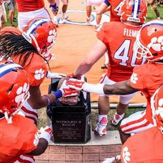 Howards Rock #Clemson  If you're not going to give me 110%, keep your filthy hands off my rock!