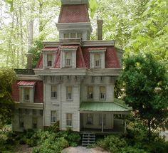 Howard Zane Structures - Appalachian Farm House