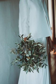 La boda de María y Rogelio en Arteixo, Galicia © Daniel Santalla - Das ist meine Nachbarschaft Cottage Wedding, Rustic Wedding, Wedding Trends, Wedding Styles, Green Wedding, Wedding Flowers, Bohemian Wedding Decorations, Bridal Tips, Father Of The Bride