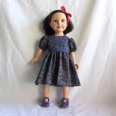 Habit de poupée : robe faux smocks, manches ballons, pour poupée journey girls.
