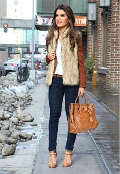 www.wholesalemkhub.jungleheart.com/michael-kors-handbags-c-15.html  Michael Kors Handbags Outlet  Street Style | Fashion | Michael Kors Handbag