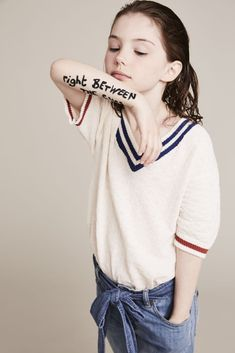 Short sleeve jumper Bobo Choses at Smallable jeans Stella McCartney Kids at Chil Denim Fashion, Cute Fashion, Fashion Photo, Kids Fashion, Fashion Outfits, Fashion 2018, Fashion Fall, Stella Mccartney Kids, Stylish Kids