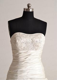 Elegant Exquisite Charm Satin Strapless Wedding Dress