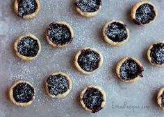 Black Cherry Cup Cookies