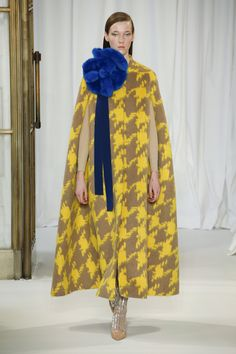 The complete Delpozo Fall 2018 Ready-to-Wear fashion show now on Vogue Runway.