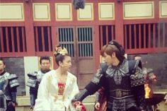 Empress Ki Jin Yi Han, Korean Drama Quotes, Ha Ji Won, Ji Chang Wook, Movie Costumes, Tv Shows, Asian, People, Folk