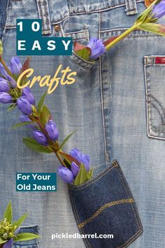 10 Easy Crafts for Your Old Jeans – Pickled Barrel Jean Pocket Purse, Make Your Own Blanket, Blue Jean Purses, Denim Scraps, Thanksgiving Crafts For Kids, Patriotic Quilts, Crafts For Teens To Make, Pumpkin Crafts, Old Jeans