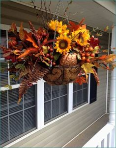 48 Amazing Outdoor Fall Decor Ideas That Will Fascinate You - hoomdesign Diy Projects For Fall, Fall Crafts, Autumn Decorating, Porch Decorating, Decorating Ideas, Fall Hanging Baskets, Hanging Plants, Fall Planters, Fall Arrangements