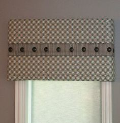 Kitchen Window Dressing Ideas Cornice Boards 68 Ideas For 2019 Valences For Windows, Window Cornices, Valance Window Treatments, Custom Window Treatments, Curtains With Blinds, Window Coverings, Gypsy Curtains, Roman Blinds, Burlap Curtains