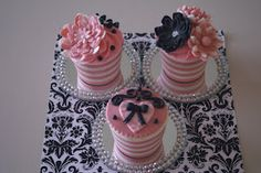 Glamorous Inspired Cupcakes --- different colours maybe