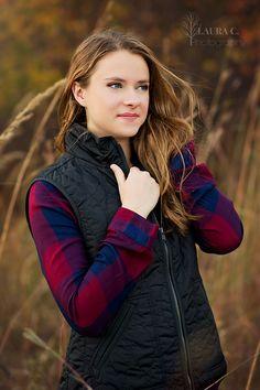 Sara Luedders   Gorgeous Senior Portraits   Fall   Autumn   Laura C. Photography…