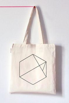 Hexagon Tote Bag A Diamond instead of the Hexagone?