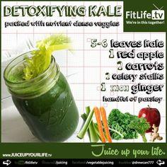 The Detoxifying Kale Juice Recipe - making it now! Yummy.