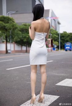 Xiuren 小热巴 - Page 3 of 19 - Chinese Hottie Sexy Hips, Sexy Legs And Heels, Nude Outfits, Girly Outfits, Corporate Fashion, Girls In Mini Skirts, Beautiful Young Lady, Sexy Skirt, Beautiful Celebrities
