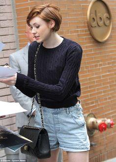"Résultat de recherche d'images pour ""Karen Gillan  short hair"""