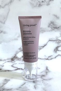 Living Proof Restore Dry Scalp Treatment is a savior for dry itchy irritated scalps with its hyaluronic-acid-based Molecular Patch and vitamin based microbiome balancing complex. Care Skin Condition and Treatment Oil Makeup Hair Loss Shampoo, Baby Shampoo, Hair Care Routine, Hair Care Tips, Best Natural Hair Products, Beauty Products, Acid Base, Oil For Hair Loss, Hair Falling Out