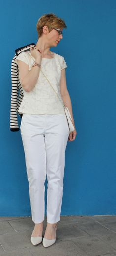 My white Look with flowers ans stripes http://ahemadundahos.de/?p=3839